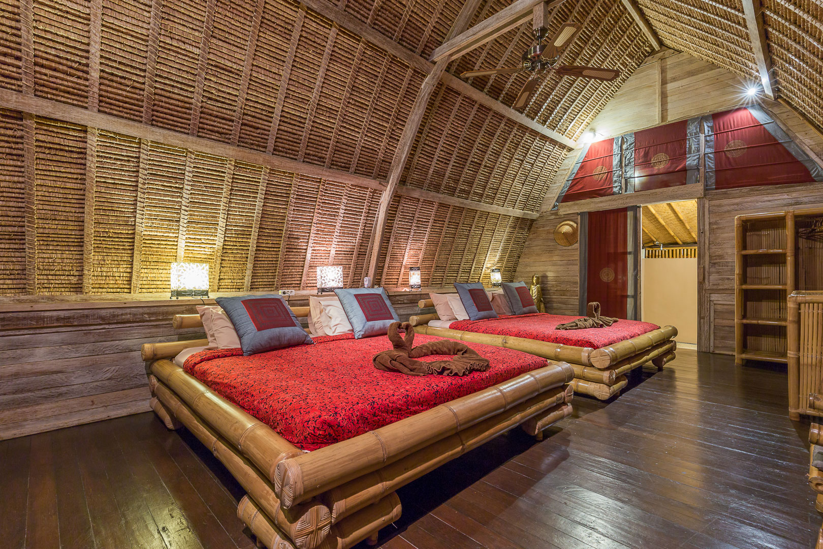 Location-bungalows-maison-hote-hotel-milos-home-L7-rhodochrosite-2